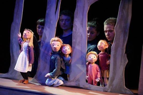 Bear Hunt puppets