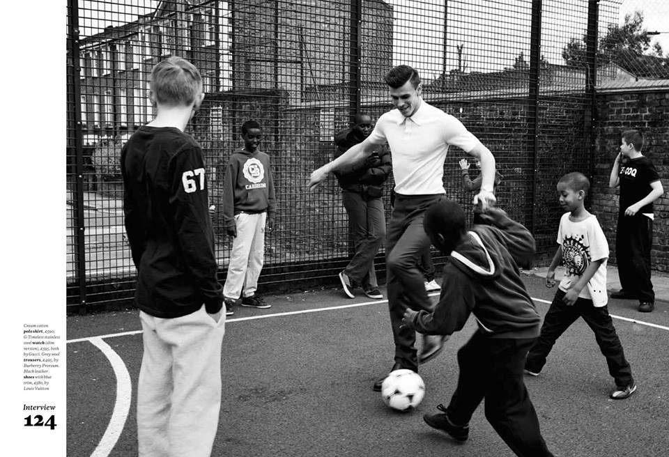 Gareth Bale has a kickabout with some young Kentishtowners by Spring Place © Esquire Magazine