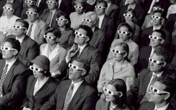 old-skool-3d-cinema-audience-245vw3d