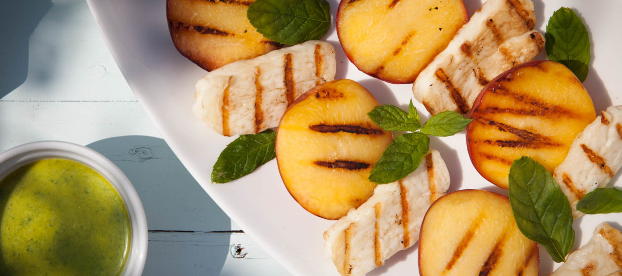 Grilled nectarines and halloumi with mint pesto dressing